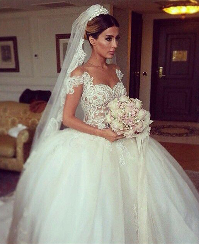 Glamorous Beadings Tulle Ball Gown Wedding Dress 2020 Off-the-shoulder Button Back
