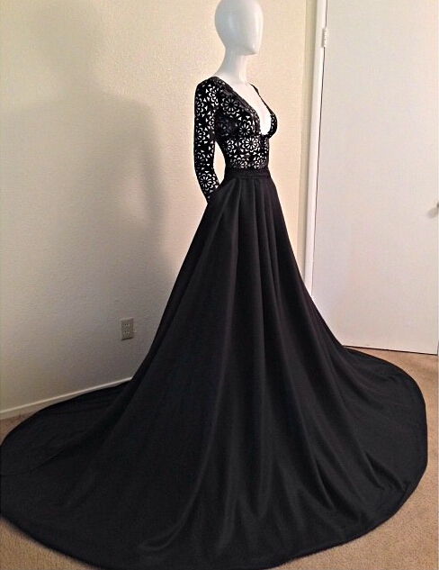 Sexy Black Long Sleeves Lace Porm Dress 2020 With V-Neck A-Line Evening Dress