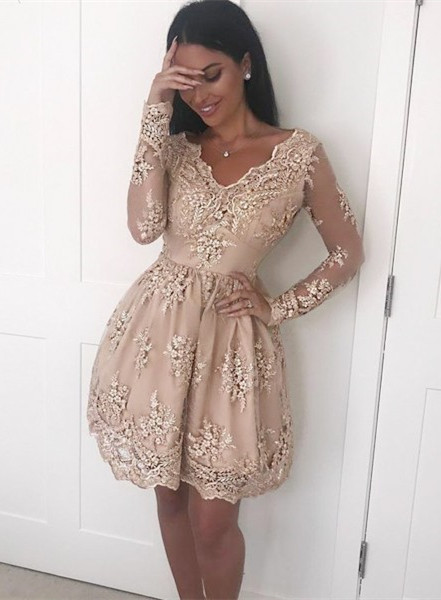 Elegant Long Sleeve Short Prom Dress   2020 Homecoming Dress With Lace Appliques