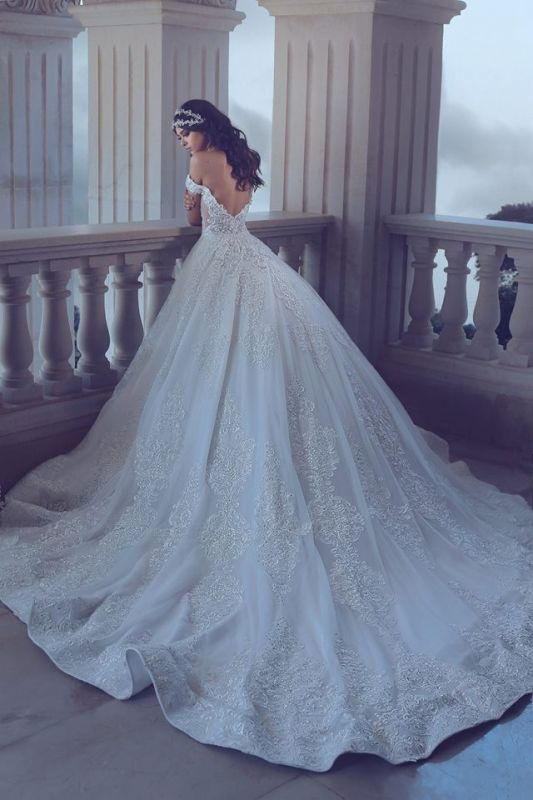 Chic Lace Off-the-Shoulder Wedding Dress 2020 Backless Long Beadings Bridal Gowns With Train