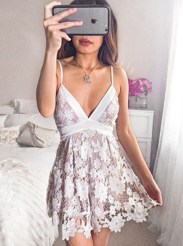 Lovely V-Neck Lace Homecoming Dresses | 2020 Mini Party Dress Online