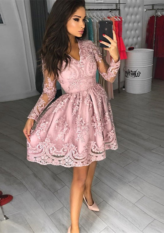 Gorgeous Long Sleeve Pink Homecoming Dresses | 2020 Short Prom Dress With Lace Appliques BC0034