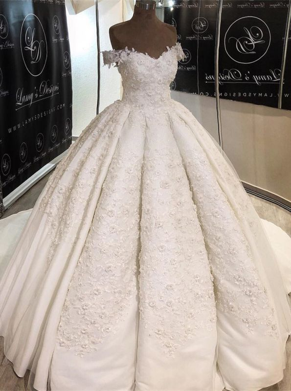 Romantic Lace Off-the-shoulder Wedding Dress | 2020 Ball Gown Bridal Gown