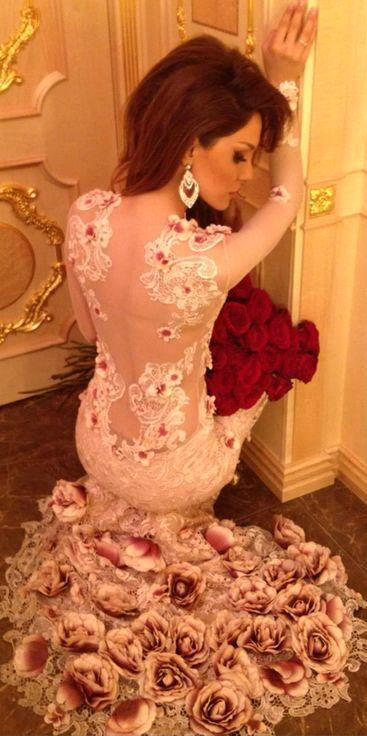 Beautiful Long Sleeve Pink Prom Dress 2020 Lace Appliques Flowers Bottom