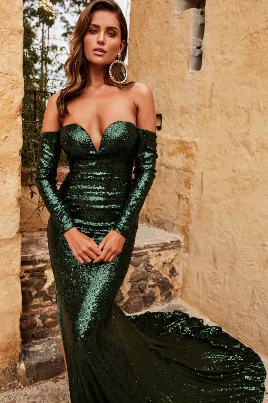Elegant Sweetheart Long Sleeves Front Split Prom Dress | Green Sequins Sweep Train Evening Gown