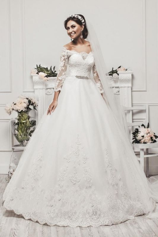 Delicate Tulle Lace Appliques 2020 Wedding Dress 3/4-Length Sleeve Beadings