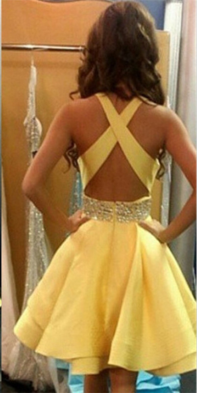 Lovely Yellow Criss-Cross Back Homecoming Dress 2020 Short Chiffon With Crystal
