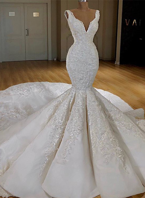 Glamorous V-Neck Lace Mermaid Bridal Gown | 2020 Long Sleeveless Wedding Dress BC0316
