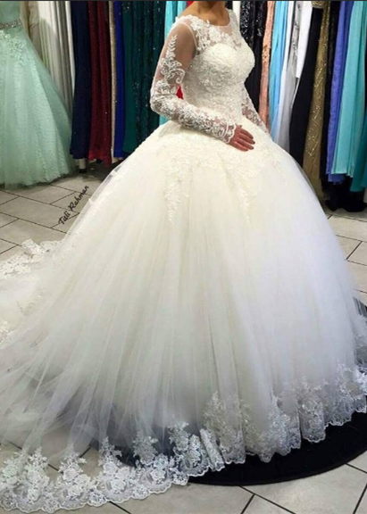 Gorgeous Long Sleeve Lace Ball Gown Tulle Wedding Dress BA5365