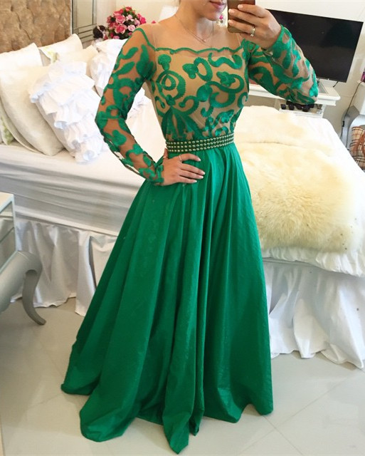 Beautiful Green Long Sleeve Prom Dress 2020 A-Line With Pearls BT0