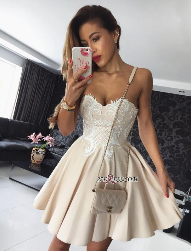 Elegant Sweetheart Mini Homecoming Dress | 2020 Lace Short Party Dress