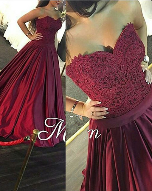 Gorgeous Sweetheart Lace 2020 prom Dress Burgundy Floor Length