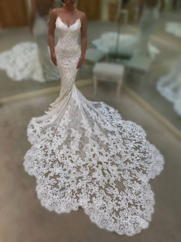 Gorgeous Spaghetti-Straps V-Neck Mermaid Wedding Dresses | 2020 Lace Bridal Gowns On Sale