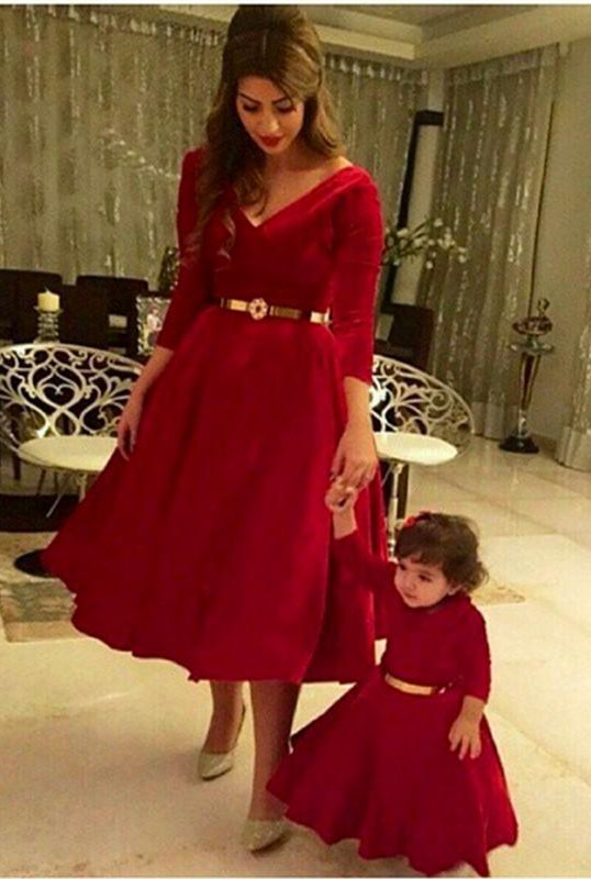 Dramtic 3/4-length-sleeve Red Mother And Daughter Dress Belt