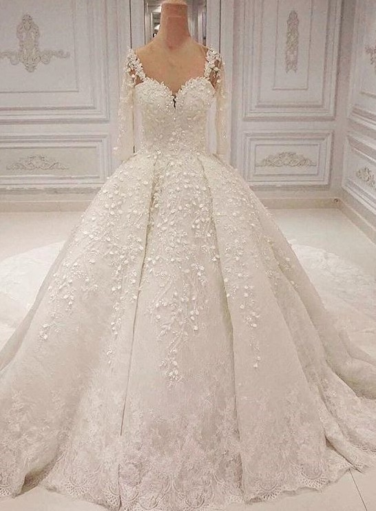 2020 Romantic Sweetheart Long Sleeve Bridal Gown | Lace Appliques Wedding Dress On Sale