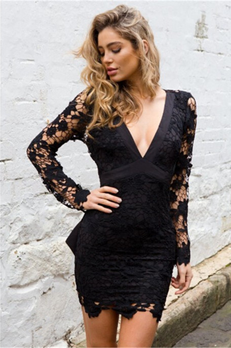 Sexy Black Short V-neck Homecoming Dress | Long Sleeve Homecoming Dress