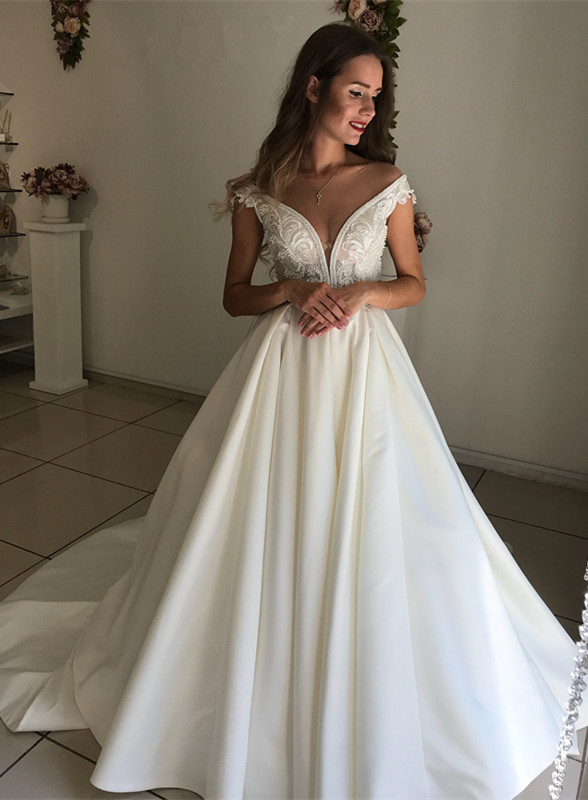 Glamorous Off-the-Shoulder 2020 Wedding Dresses   Satin Lace-up Bridal Gowns