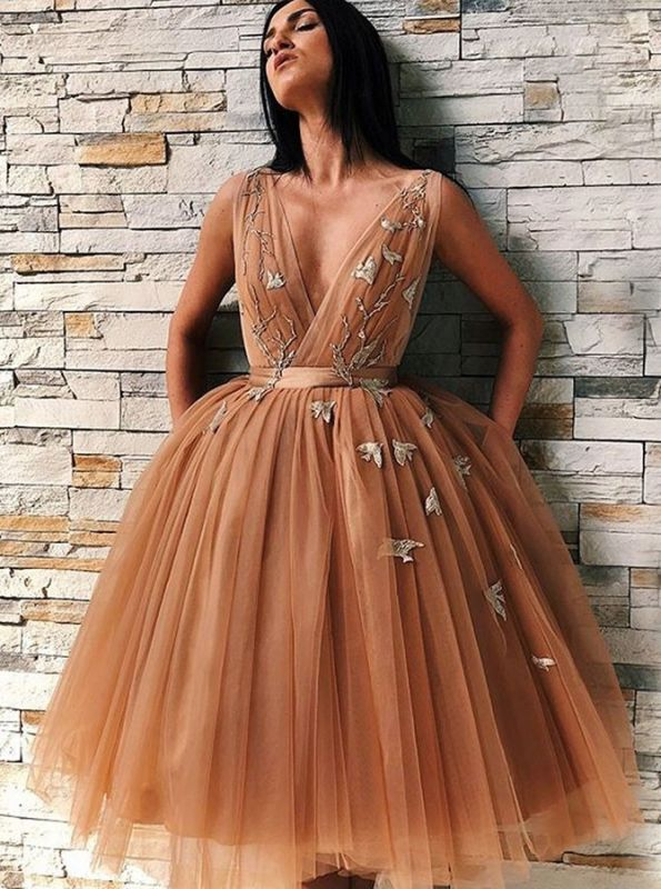 Chic V-Neck Sleeveless Homecoming Dresses | 2020 Tulle Short Prom Gowns BC0691