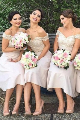 Short Lace Glamorous Off-the-Shoulder Bridesmaids Dress_1