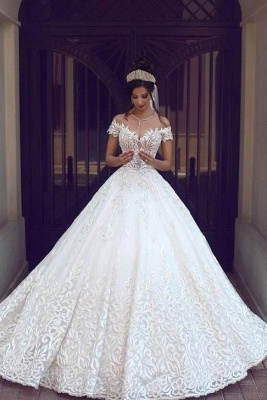 Chic Off-the-shoulder Short Sleeve 2020 Wedding Dress Lace On Sale_1