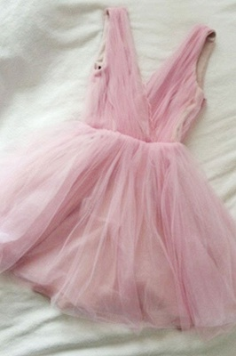 Tulle Cute Short Simple Pink V-neck Homecoming Dress_2
