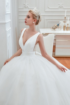 Sexy V-Neck White Princess Spring Wedding Dress Sleeveless Bridal Gowns with Belt_8