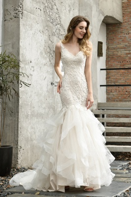 Sexy Lace Mermaid Lace Sleeveless Ivory Wedding Dress with Ruffle Train