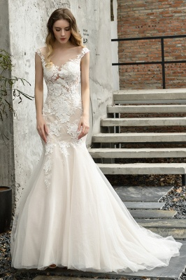 Stunning Sleeveless Fit-and-flare Lace Open Back Summer Beach Wedding Dress_4