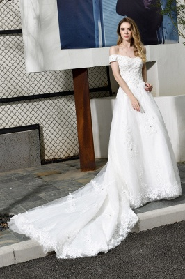 Elegant White Lace Off Shoulder Princess Wedding Dress with Beaded Lace Appliques_7