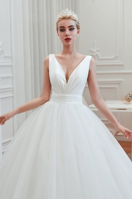 Sexy V-Neck White Princess Spring Wedding Dress Sleeveless Bridal Gowns with Belt_10