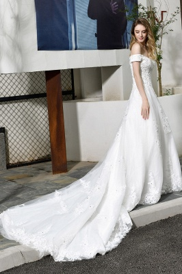 Elegant White Lace Off Shoulder Princess Wedding Dress with Beaded Lace Appliques_5