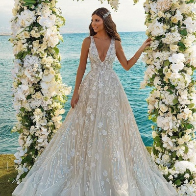 Chic 3D-Floral Print Wedding Dress A-line V-Neck Beach Wedding_2