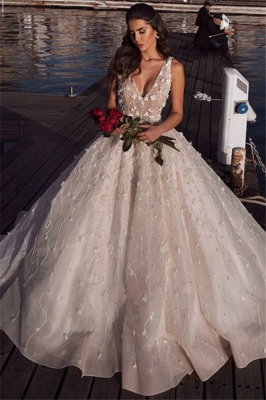 Glamorous V-Neck Ball Gown Wedding Dresses | 2020 Sleeveless Appliques Bridal Gowns_1