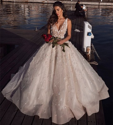 Glamorous V-Neck Ball Gown Wedding Dresses | 2020 Sleeveless Appliques Bridal Gowns_2