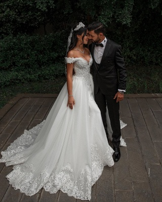Charming Off-the-Shoulder Lace Appliques Wedding Dress Detachable  Train Bridal Gowns