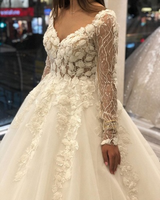 Charming Floral Lace Long Sleeve Tulle A-line Ball Gown_3
