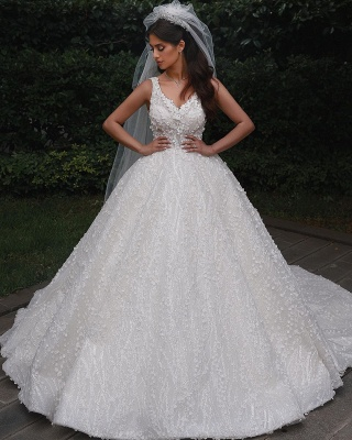 V-Neck Floral Lace Appliques Tulle Ball  Gowns Backless Wedding Dress