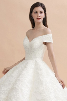 Elegant Ivory Off-the-Shoulder Lace Appliques Ball Gowns_7