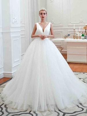 Sexy V-neck sleeveless White Princess Spring Wedding Dress | Elegant Low Back Bridal Gowns with Belt