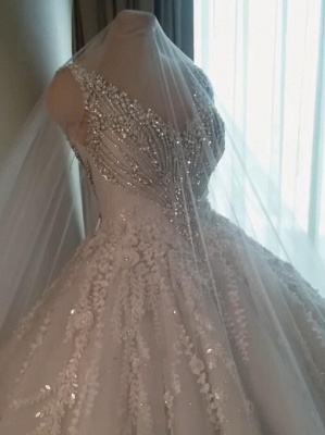 Luxury Crystals Ball Gown Wedding Dresses   V-Neck Sleeveless Lace Bridal Gowns_1