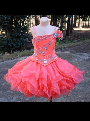 Lovely One SHoulder Flower Girl Dress With Crystals_1