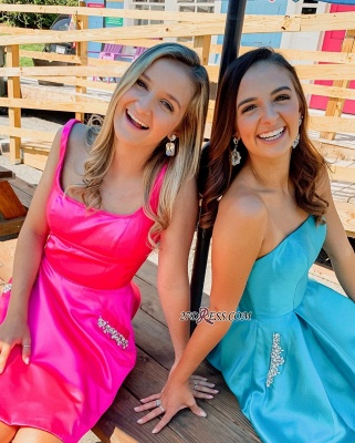 Fascinating Strapless Square A-line Beaded Homecoming Dresses_1