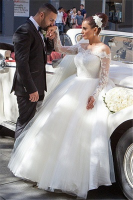Glamorous Off-the-shoulder Lace Ball Gown Wedding Dress 2020 Tulle Button Back_1