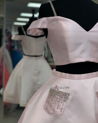 A-line Off-the-shoulder Two-Pieces Charming Homecoming Dresses_2