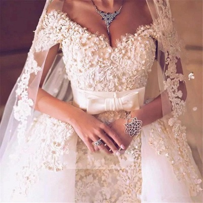 Glamorous Off-the-Shoulder 2020 Wedding Dress With Lace Appliques On Sale_5