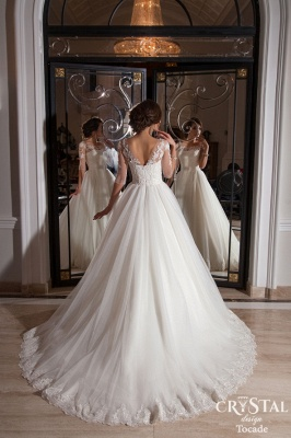 Elegant Illusion Half-sleeve Tulle Wedding Dress With Lace Appliques_2