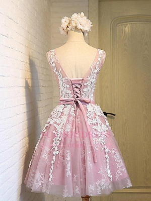 2020 Sleeveless Jewel Pink Lace Open-Back Sash Appliques Lace-Up Cheap Homecoming Dresses_1