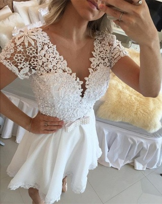 Lovely Short Sleeve White Homecoming Dress 2020 Lace Short Pearls BT0_5