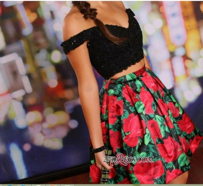 Floral Lace-Beaded Black Two-Piece Off-the-Shoulder Homecoming Dresses_3