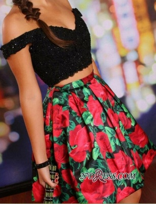 Floral Lace-Beaded Black Two-Piece Off-the-Shoulder Homecoming Dresses_4